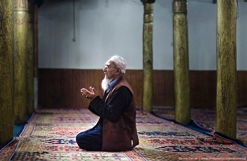 muslim man praying in Ladakh, India