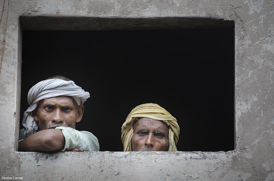Men waiting to die in Varanasi India