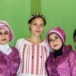 Cu rudele miresei, la o nunta musulmana in Jawa Centrala, Indonezia